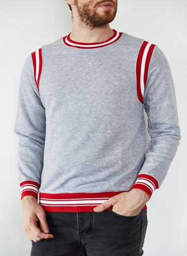 XHAN Gri & Kırmızı Şeritli Bisiklet Yaka Sweatshirt 1Kxe8-44164-03 Gri